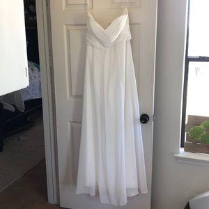 Wedding dress/brides maid dress